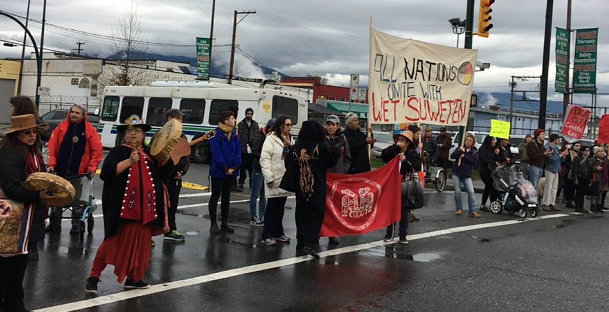 Pipeline Protests Blocking Traffic On Key Route Into Downtown Vancouver Photos
